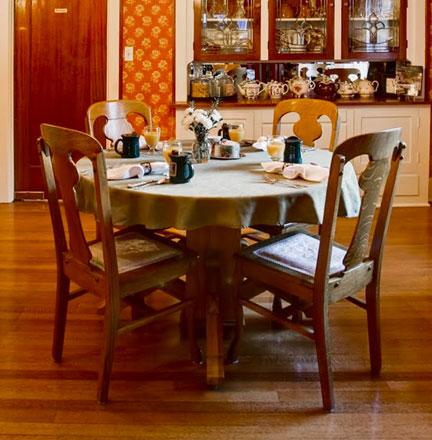 Collecting deneen pottery mugs deneen pottery for Dining room endicott